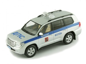 Ixo - LC200 - Moscow - 01