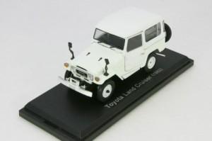 Norev - LC40 - White