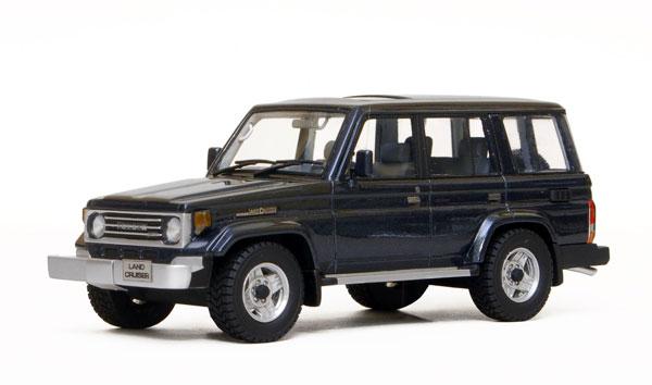 Promo - LC70 - Van Blue - 01