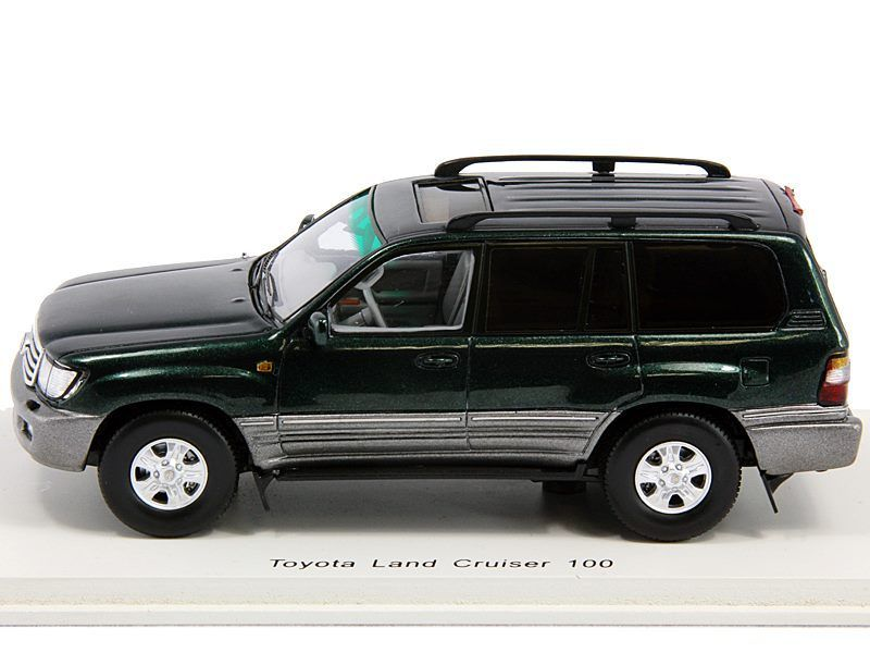 Promo - Spark - LC100 Green - 02