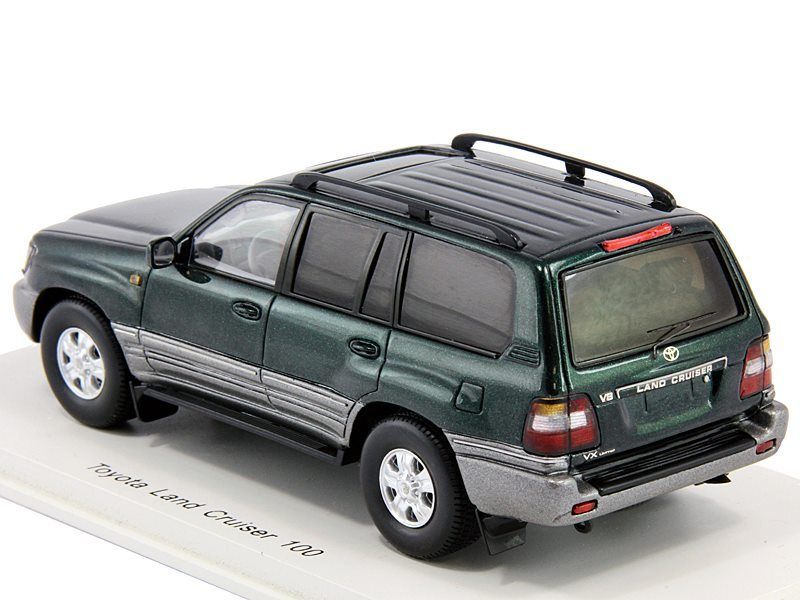 Promo - Spark - LC100 Green - 03